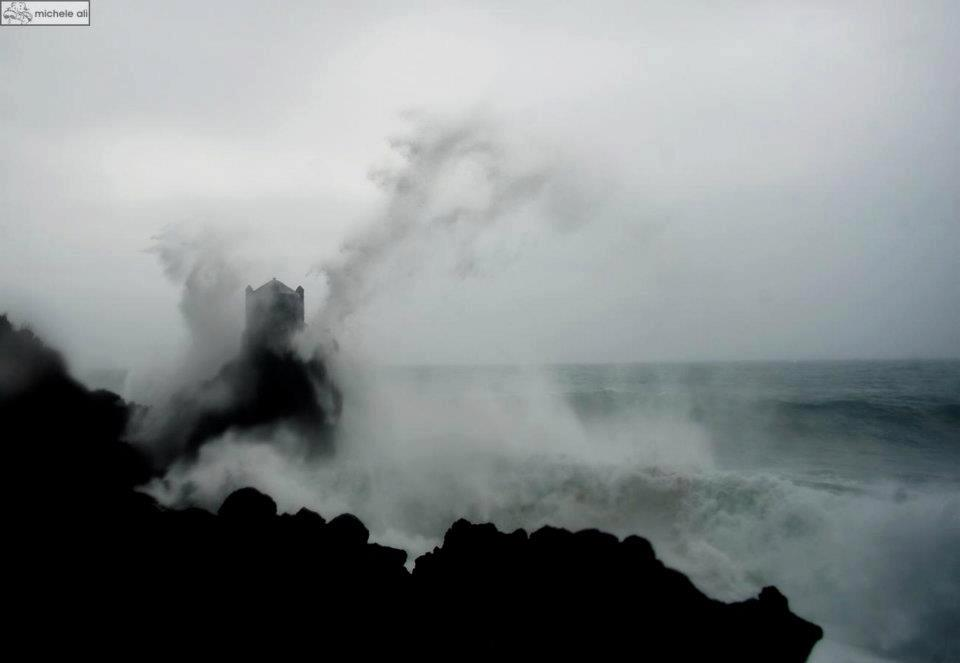castle surf santa tecla